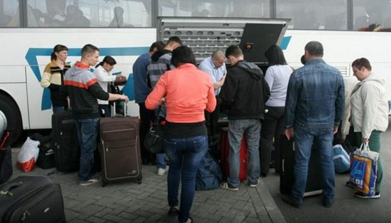 Srpsku napuštaju čitave porodice! U BiH nema budućnosti, iz dana u dan, sve je gore i gore…